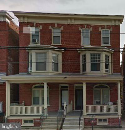 Lancaster Single Family Home For Sale: 118 E James Street