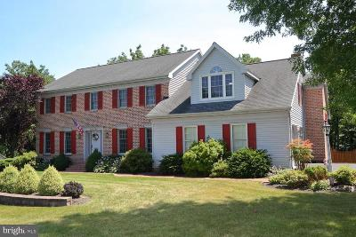 Lancaster PA Single Family Home For Sale: $435,000