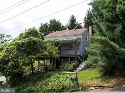 Single Family Home For Sale: 82 River Corner Road