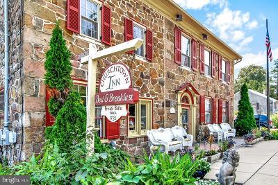 Single Family Home For Sale: 2100 Main Street