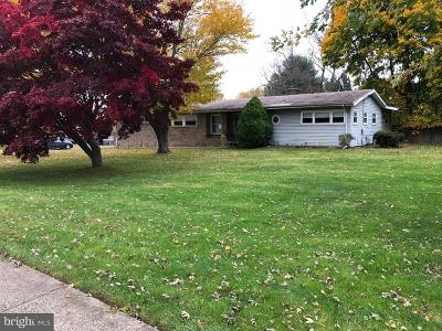 Hatboro Single Family Home For Sale: 131 W Bender Road