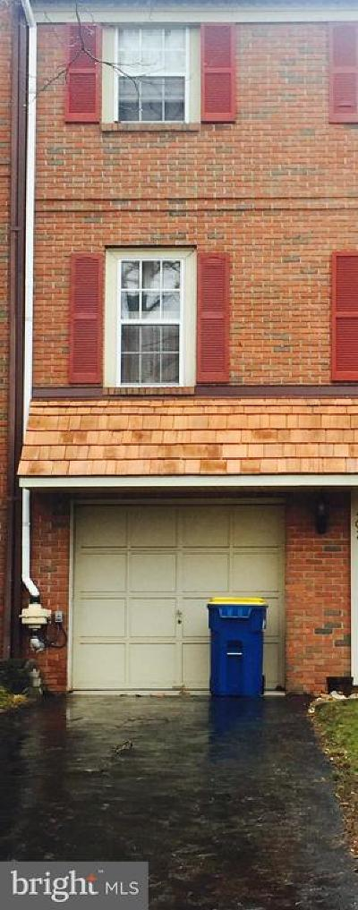 Norristown Townhouse For Sale: 410 Saw Mill Court
