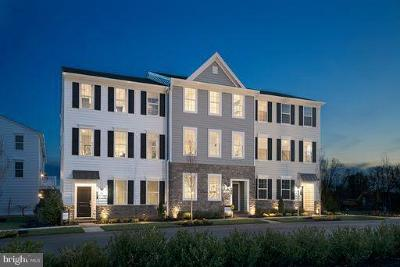 Montgomery County Townhouse For Sale: 8 Hedley Ln