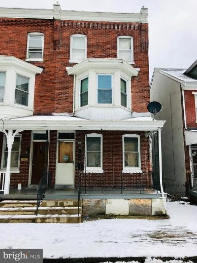 Norristown Townhouse For Sale: 540 Kohn Street