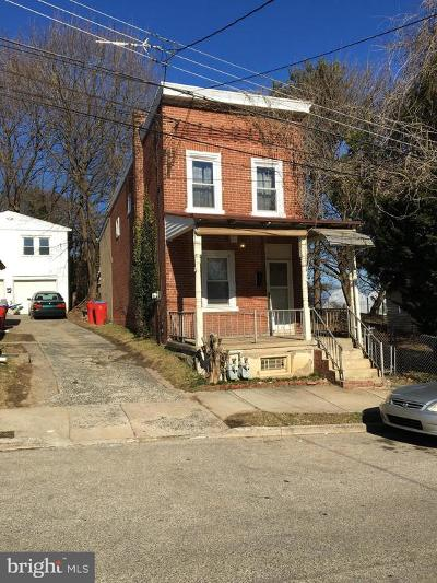 Norristown Single Family Home Under Contract: 321 E Wood Street