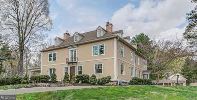 Bryn Mawr Single Family Home For Sale: 300 Thornbrook Avenue