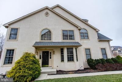 Norristown Townhouse For Sale: 36 Brownstone Drive