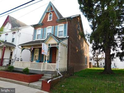 Pottstown Single Family Home For Sale: 48 E 3rd Street