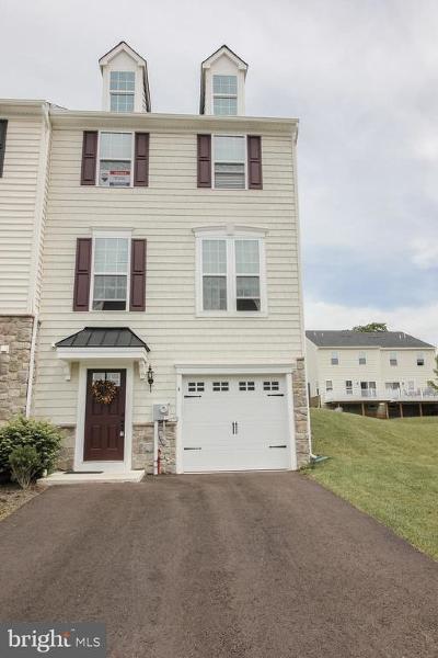 Single Family Home For Sale: 4 Jacob Way