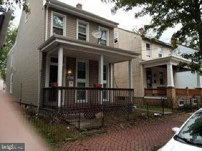 Pottstown Single Family Home For Sale: 421 Beech Street