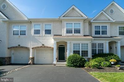 Plymouth Meeting Townhouse For Sale: 303 Rolling Hill Drive