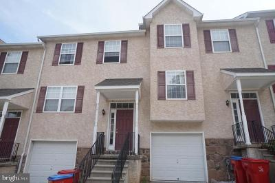 Norristown Townhouse For Sale: 503 Thomas Square