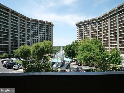 King Of Prussia Condo For Sale: 10203 Valley Forge Circle