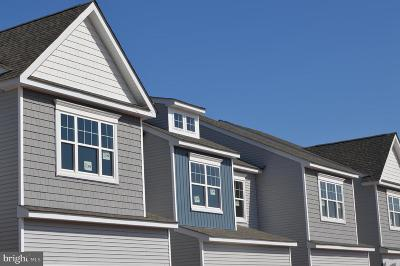 Royersford Townhouse For Sale: 002 Ridgewood Drive #106