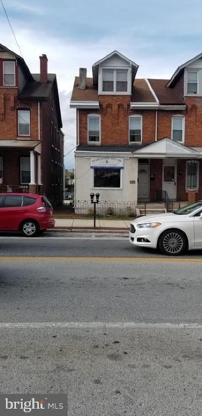 Bridgeport Multi Family Home For Sale: 117 W 4th Street