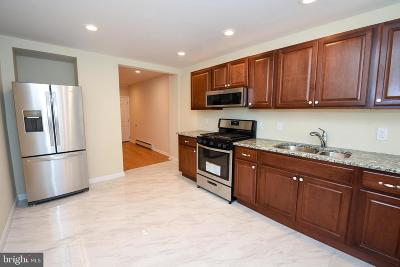 Bridgeport Townhouse For Sale: 5 Fraley Street