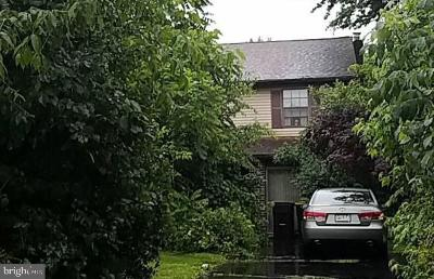 Montgomery County Single Family Home For Auction: 14 Meadow Glen Road