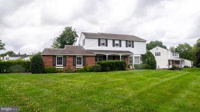 Maple Glen Single Family Home For Sale: 535 Bell Lane