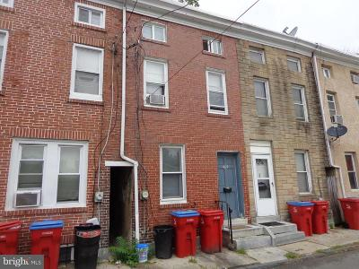 Norristown Townhouse For Sale: 609 Willow Street