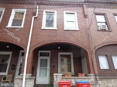 Norristown Townhouse For Sale: 713 Church Street