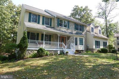 Single Family Home For Sale: 220 Hollowbush Lane