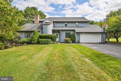 Single Family Home For Sale: 1925 Peach Tree Ln Lane
