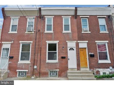 Philadelphia County Townhouse For Sale: 3087 Witte Street