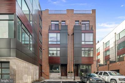 Old City Townhouse For Sale: 140r S Front Street