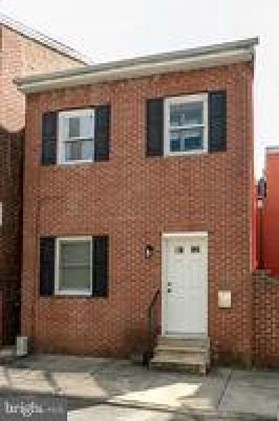 Philadelphia PA Single Family Home For Sale: $385,000