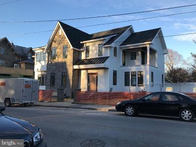 Philadelphia County Condo For Sale: 2 E Chestnut Hill Avenue #3