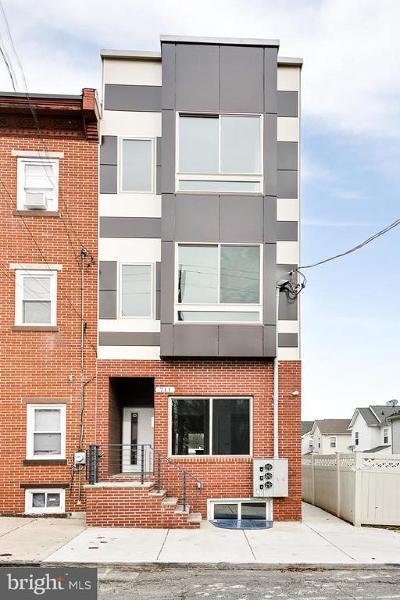 Philadelphia County Multi Family Home For Sale: 711 W Montgomery Avenue