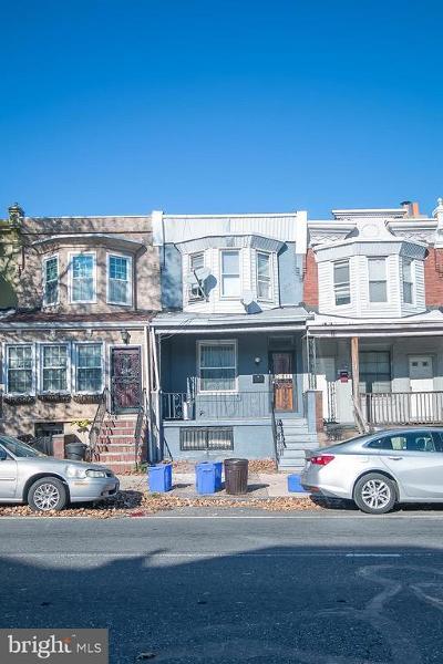 Philadelphia Townhouse For Sale: 5309 Chestnut Street