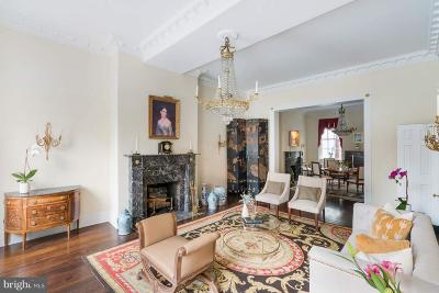 Philadelphia County Townhouse For Sale: 228 W Washington Square