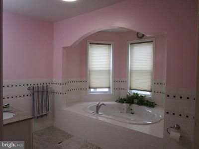 Philadelphia Single Family Home For Sale: 3109 S 82nd Street