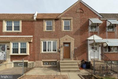 Philadelphia County Townhouse For Sale: 3425 Meridian Street