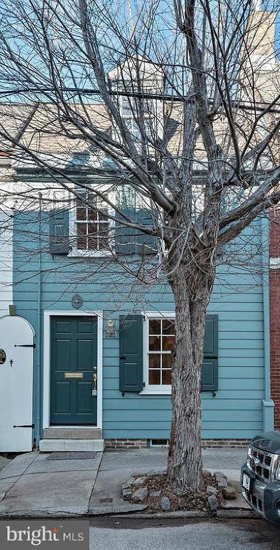 Queen Village Townhouse For Sale: 123 League Street