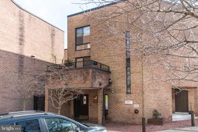 Society Hill Condo For Sale: 130 Spruce Street #32B
