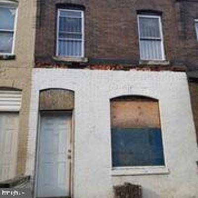 Philadelphia County Townhouse For Sale: 3922 Priscilla Street