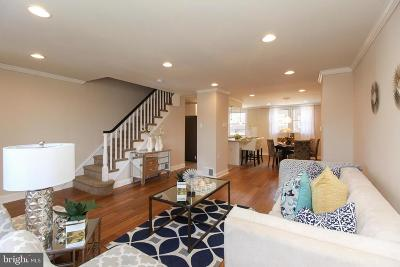 Philadelphia County Townhouse For Sale: 7915 Rugby Street