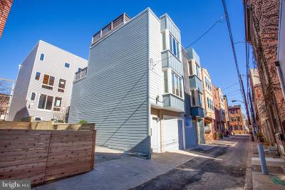 Northern Liberties Townhouse For Sale: 974 N Leithgow Street