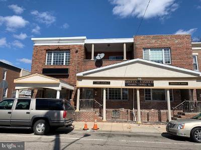 Philadelphia Multi Family Home For Sale: 5731 Race Street
