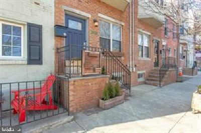 Graduate Hospital Townhouse For Sale: 1024 S 22nd Street
