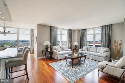 Philadelphia County Condo For Sale: 440 S Broad Street #902
