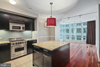 Philadelphia Condo For Sale: 1414 S Penn Square #16G