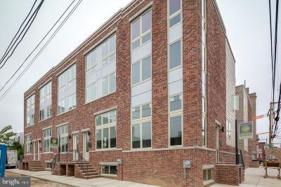 Philadelphia Townhouse For Sale: 1706 Folsom Street