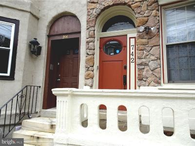 Graduate Hospital Townhouse For Sale: 744 S 22nd Street #1B
