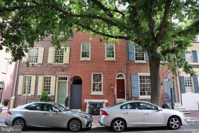 Philadelphia County Townhouse For Sale: 216 Spruce Street