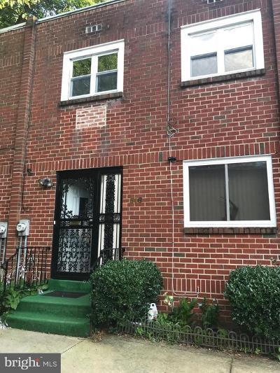 Germantown Townhouse For Sale: 316 E Rittenhouse Street