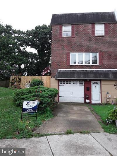 Roxborough Single Family Home For Sale: 303 Lodge Road