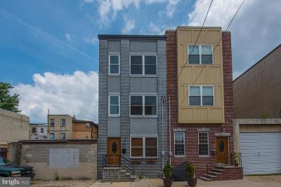 Philadelphia County Townhouse For Sale: 519 Manton Street